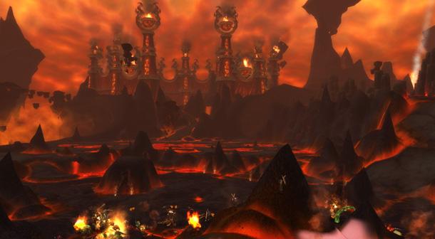 Empruntez le portail sur la colline au nord du Sanctuaire de Malorne pour accéder au Front du Magma