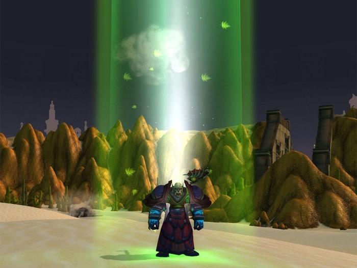 L'Ensemble de statuettes de prêtre et de druidesse fait apparaître un gigantesque rayon vert au-dessus de votre tête.