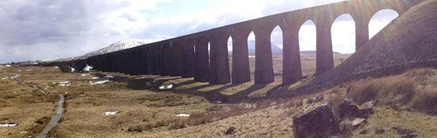 Le Ribblehead Viaduct est emprunté par le Poudlard Express dans Harry Potter !