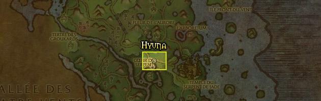 Hyuna se trouve non loin du Temple du Serpent de jade