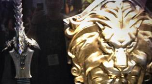 Épée et bouclier présents à la Comic-Con
