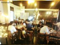 tristram-cafe3